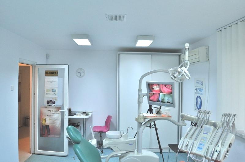 implant dentar in sectorul 3